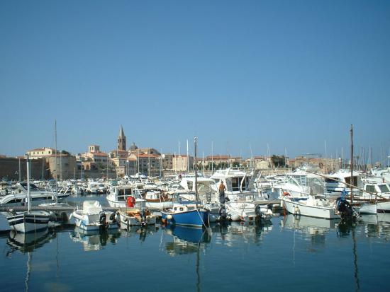 Alghero, Itália: Old Town and Harbour
