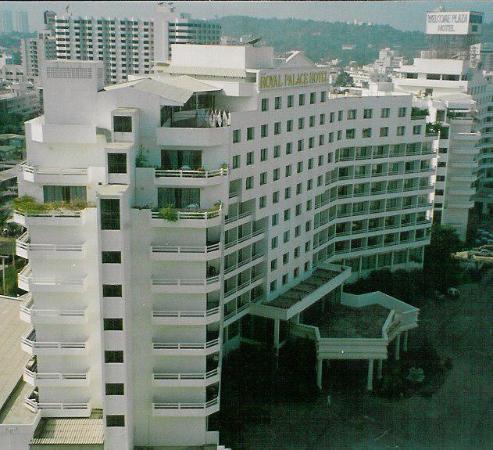Royal Palace Hotel : hotel bulding