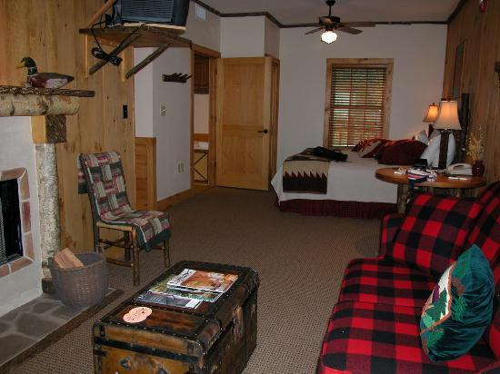 The Lodge at Buckberry Creek: The Room