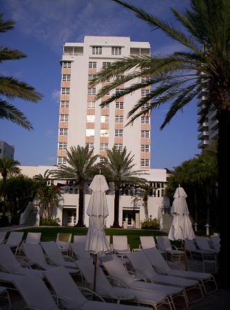 Loews Miami Beach Hotel St Moritz Tower