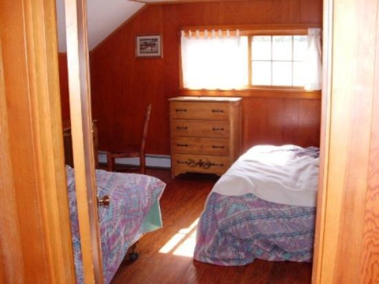 Pahaska Teepee Resort: room with 2 Queens
