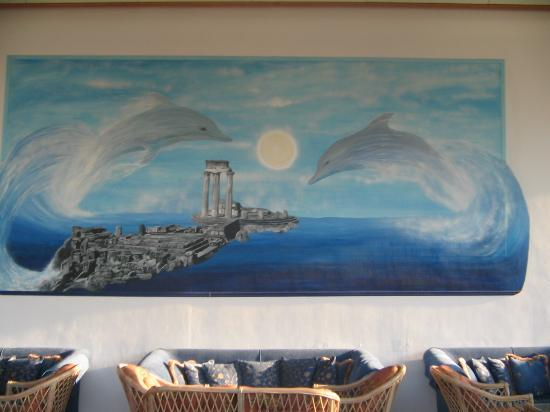 Palmariva  Beach Bomo Club : painting in Mythos bar
