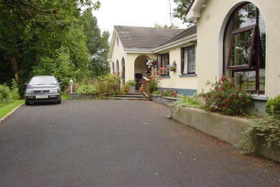 Ashgrove House Front