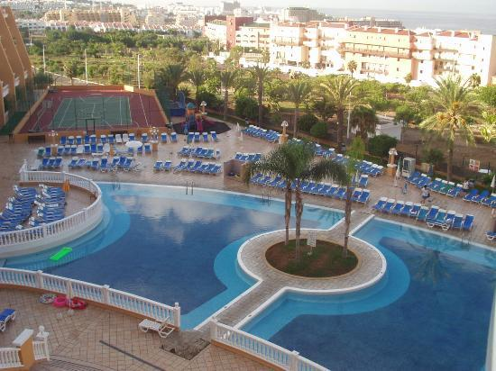 Hotel Chatur Playa Real : Pool area