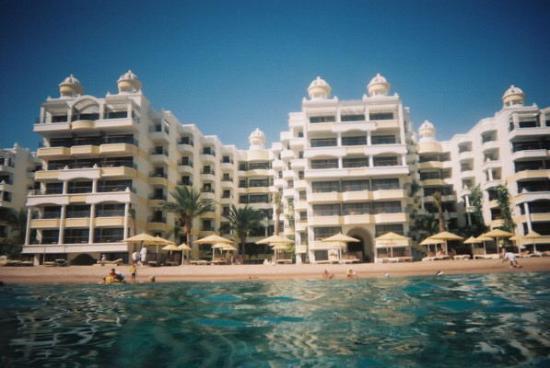 SUNRISE Holidays Resort: Hotel from Rear