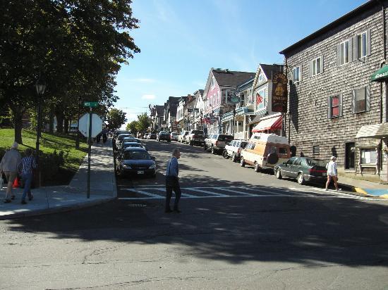 Bar Harbor Inn: Town view