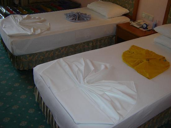 Miramare Queen Hotel: The beds