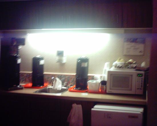 Comfort Inn Regina: Boring Breakfast
