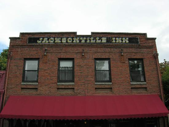 early evening at the jacksonville inn