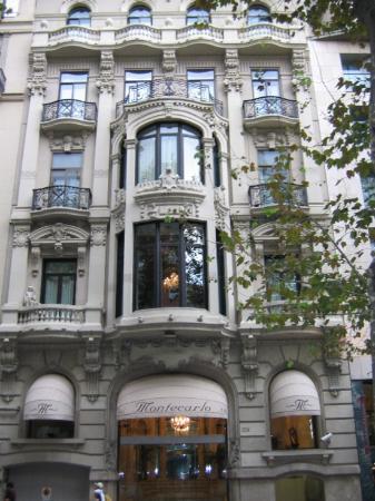 Hotel Montecarlo Barcelona: The Front of Hotel Montecarlo