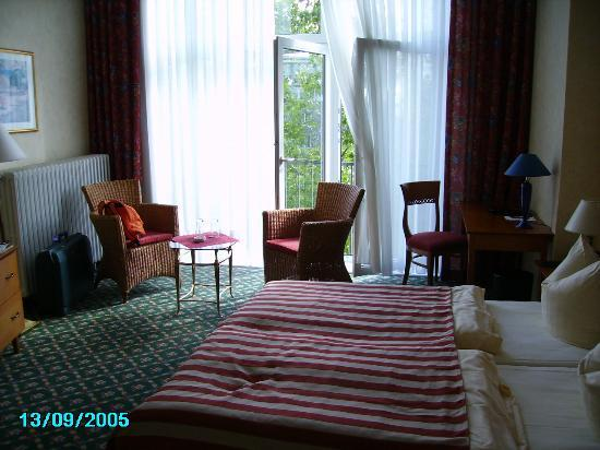 Kult-Hotel Auberge: the room a dream