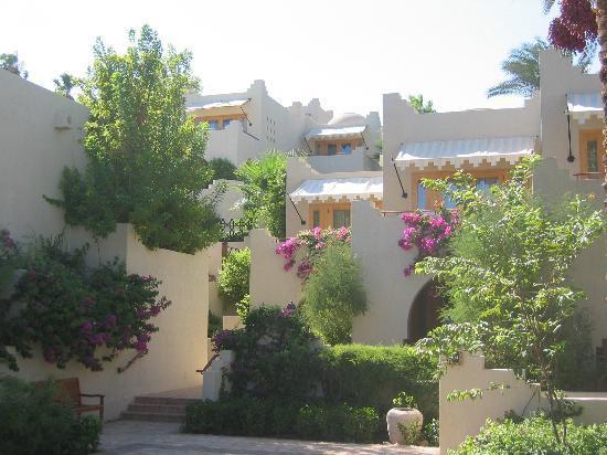 Four Seasons Resort Sharm El Sheikh: Resort grounds -- room villas