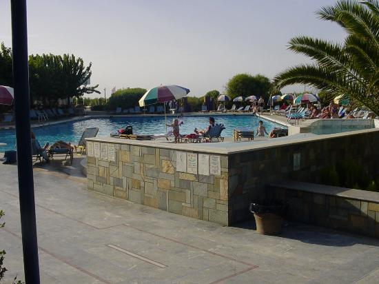 Marina Hotel : Main swimming pool