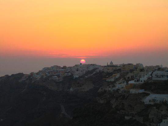 Ikies - Traditional Houses: sunset viewed from our terrace