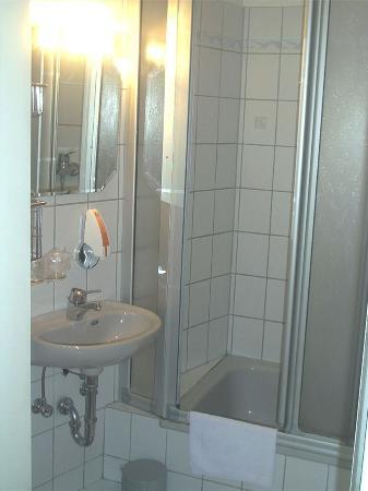 Eazires Hotel Domspatz City-bild