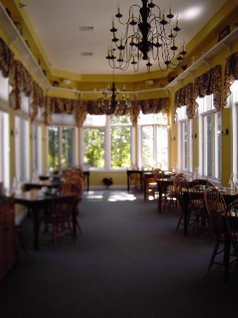Stone Hill Inn: breakfast area