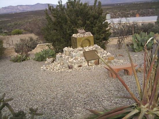 Tombstone Photo