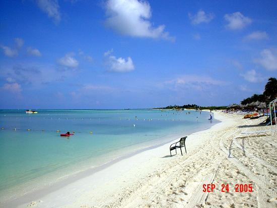 Marriott's Aruba Surf Club : This is where I want to be right now!!