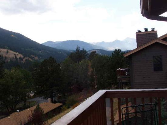 Wildwood Inn: Balcony View, West, toward Park