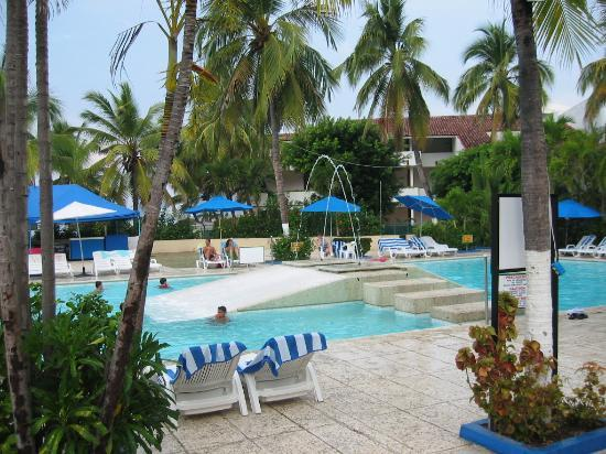 Hotel Fontan Ixtapa: Pool