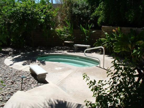 El Mirasol Villas: Hot Tub