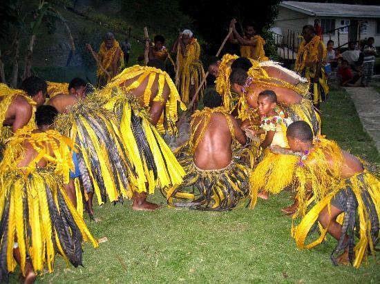 Kulu Bay Resort: A visit to see Firewalkers is a must.