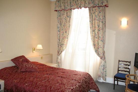 Edinburgh Thistle Hotel: Bedroom