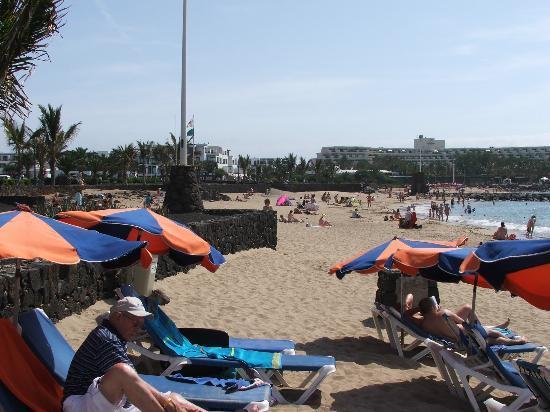 Blue Sea Costa Teguise Gardens : beach