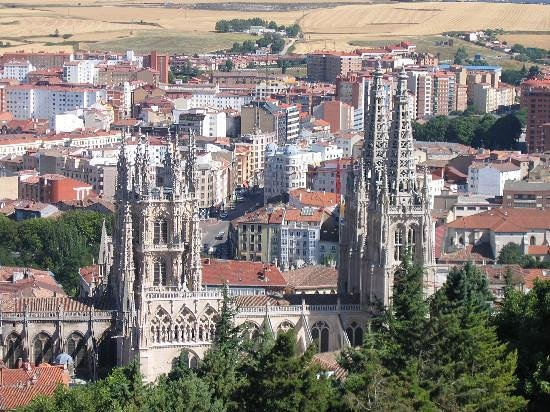 Hotel Fernán González: Aerial view of Burgos with cathedral