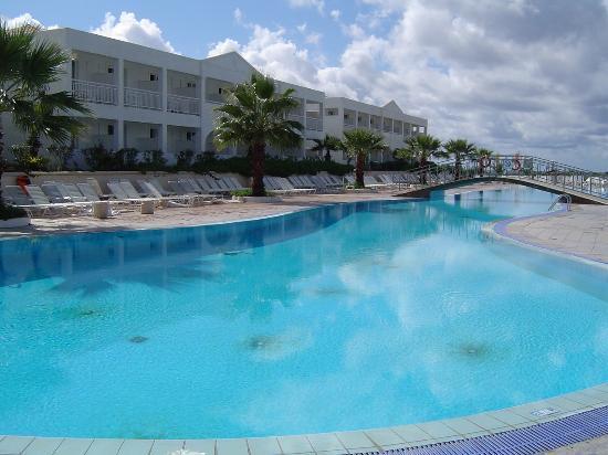 Agios Georgios, Greece: The pool
