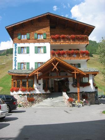 Photo of Hotel Posta Livigno