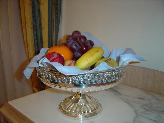 Foscari Palace: Welcome fruit bowl