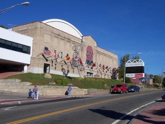 Art Devlin's Olympic Motor Inn: Olympic Center Around Corner