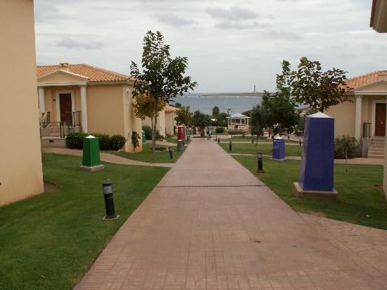 Insotel Punta Prima Resort & Spa: Main walkway