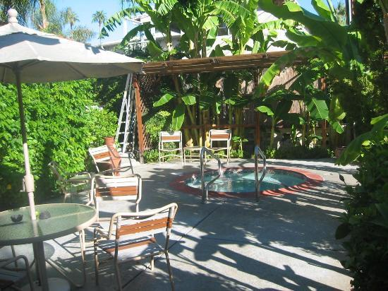 Hotel California: Jacuzzi