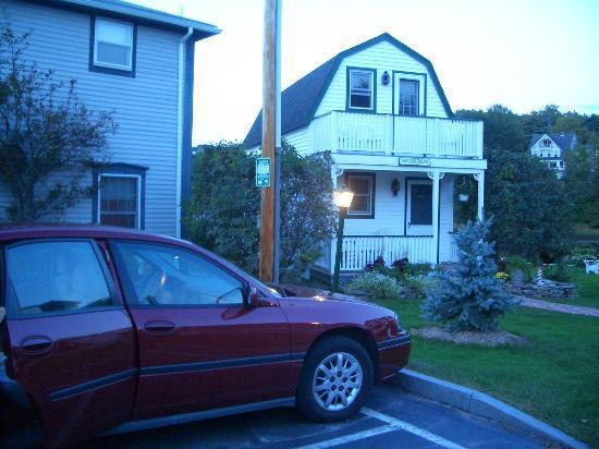 The Edgewater Inn: Shannon Cottage