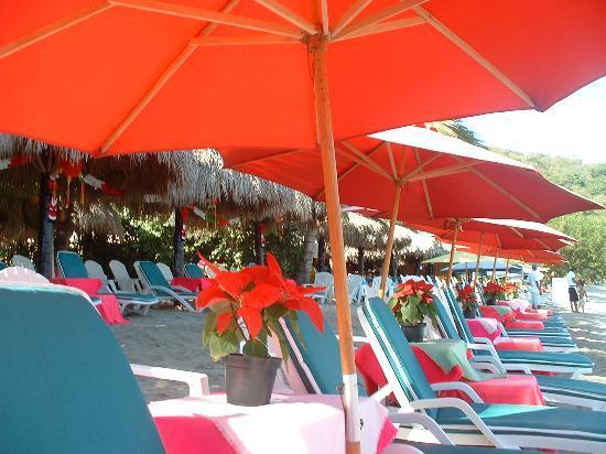 Playa Las Gatas : Otilia's Restaurante on Las Gatas Beach