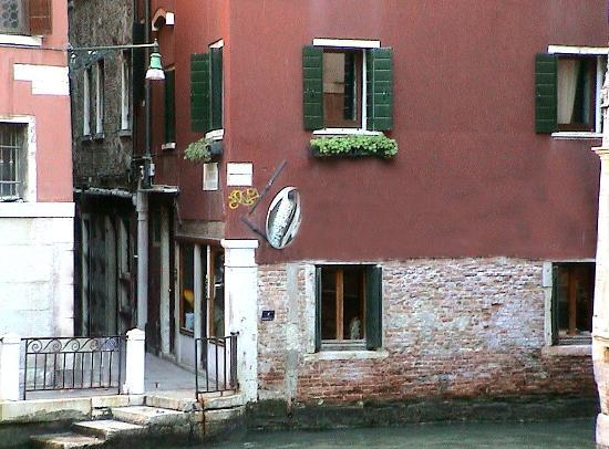Riva: Nice hotel - great location