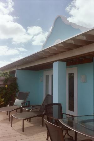 Elbow Beach, Bermuda: The Patio of our room
