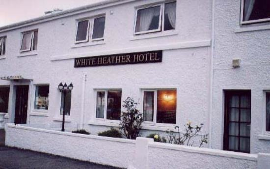 White Heather Hotel: Outside View