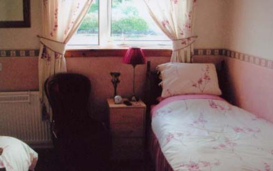 White Heather Hotel: Our Twin Room