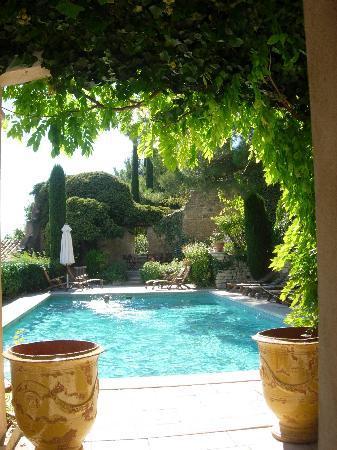 Hotel Crillon le Brave: The Pool !