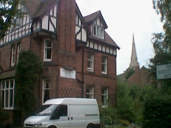 Awentsbury Hotel Birmingham: Front view of the hotel