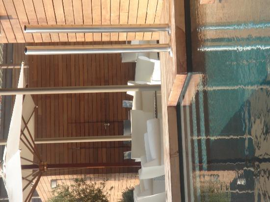 Hotel Omm: Roof terrace and pool