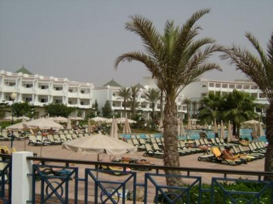 IBEROSTAR Founty Beach: one wing of the hotel from the pool bar