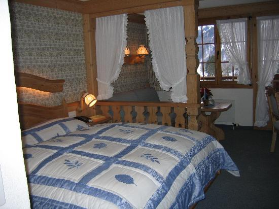‪‪Hotel Le Grand Chalet‬: Bedroom‬