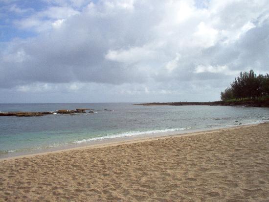 three tables beach