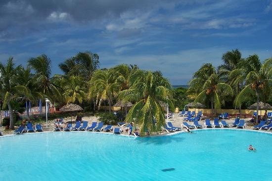 Melia Cayo Coco: lazy days by the pool