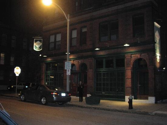 Outside Sidney Street Cafe