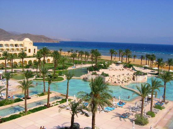 Sofitel Taba Heights: pool area